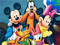 Jogo Online - Disney Racers, O game de corrida com os personagens mais queridos do Mundo da Disney. Faça a escolha do carro que você deseja participar e esteja preparado para acelerar fundo nas competições que você irá participar. Fique sempre em alerta com os obstáculos que seus adversários deixarão na pista.