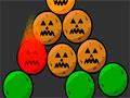 Pumpkin Remover 3 - Clique para mover as abóboras de halloween. Você tem que retirar em pares o alvo do cenário, prestando a atenção em alguns momentos pois terá alimentos podres e pretas, as de cor escuras elas só sai com ajuda de outra e terá também um com uma fita verde, essa vai ficar com a colaboração da gravidade.