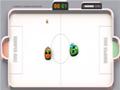 Tente fazer gols no campo do seu oponente usando carrinhos de bate-bate. Suporta at� 2 jogadores.