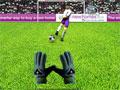 Smart Soccer, Faça incríveis defesas nesse game de futebol, defenda todas as bolas que o jogador chutar. A cada rodada vai ficar mais rápido e difícil de pegar, Fique em alerta, pois a Jabulani pode desviar por causa do vento. Sinta-se um goleiro profissional.