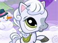 Snowy Pony, Este lindo pônei precisa da sua ajuda para pegar os flocos de neves que estão caindo do céu e assim marcar muitos pontos. Tome cuidado com os bonecos de neve para não te atrapalhar na hora de saltar.