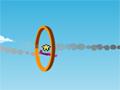 Escolha o seu avião e passe por diversos anéis para pegar os itens que fica no meio, seja mais rápido que o seu adversário para ganhar pontos, aproveite e use o nitro.