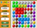 Mova as bolas e coloque em fileiras de cores iguais, depois aperte collect para ganhar mais tempo.